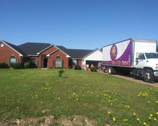 Moving truck outside residential home in Waco Texas